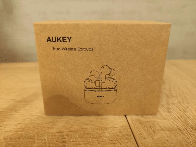 Unpacking des écouteurs Bluettoth AUKEY EP-T27