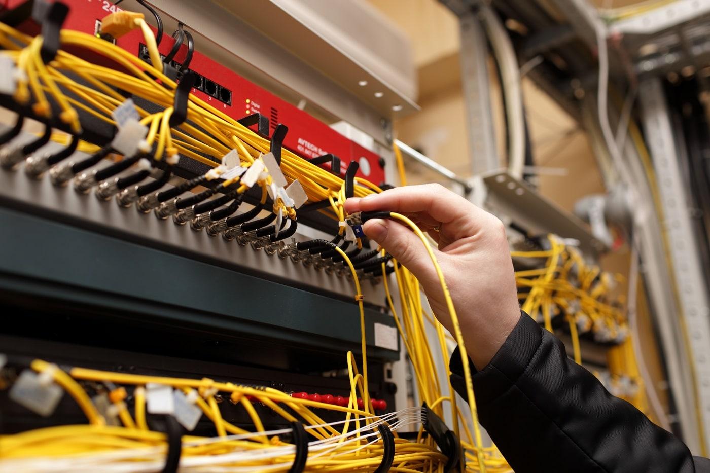 Devenir technicien système et réseau: comment procéder?